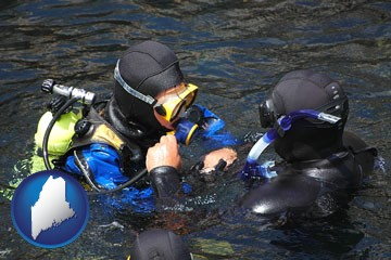 a scuba diving lesson in Monterey Bay, California - with Maine icon